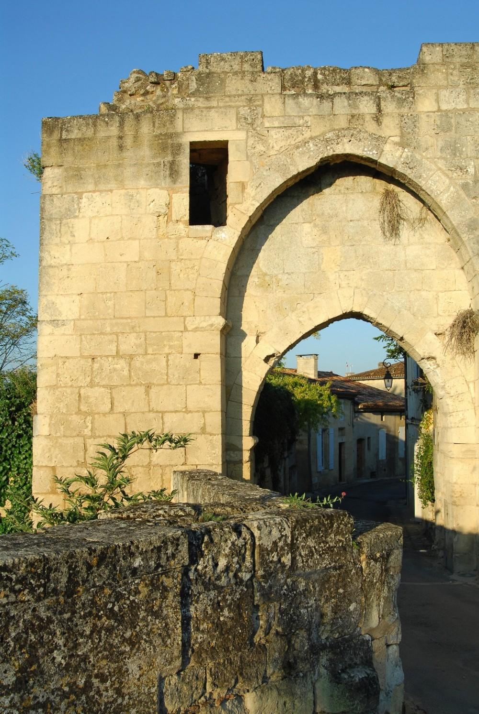 La porte brunet site de l 39 office de tourisme du grand saint emilionnais - Office du tourisme st emilion ...