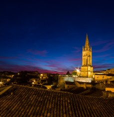 SAINT-EMILION BY NIGHT